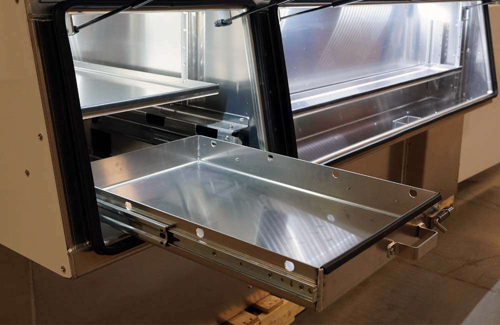 X-ONE Pull-Out Trays